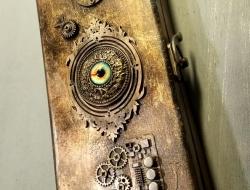 A Steampunk EyeBox